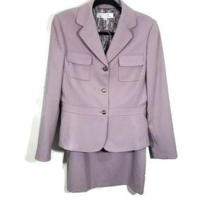 Tahari Authur S. Levine Lavendar Suit Size 10